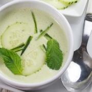 receta Ybarra de gazpacho de yogurt con pepino