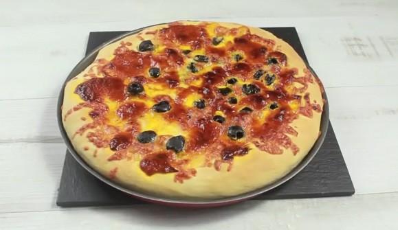 Pizza con Salsa Gaucha