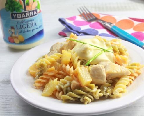 ensalada de pasta y pollo con mayonesa ligera