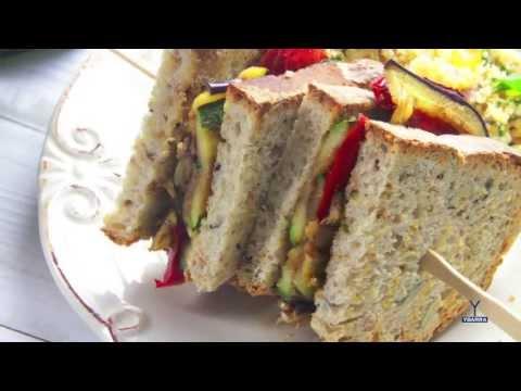 Sándwich de parrillada de verduras con Vinagre Balsámico Ybarra