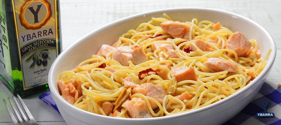 espaguetti con salmon al ajillo Ybarra
