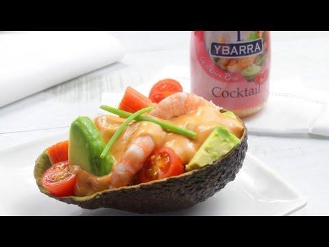 Aguacates rellenos de marisco y Salsa Cocktail Ybarra