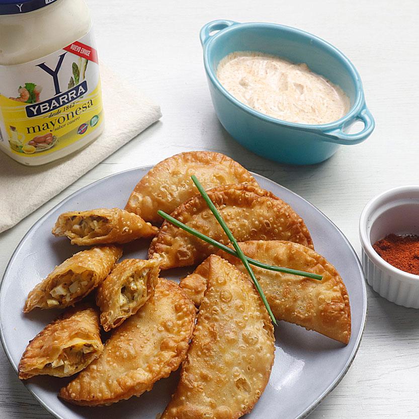 Empanadillas de mejillones, huevo y mayonesa Ybarra