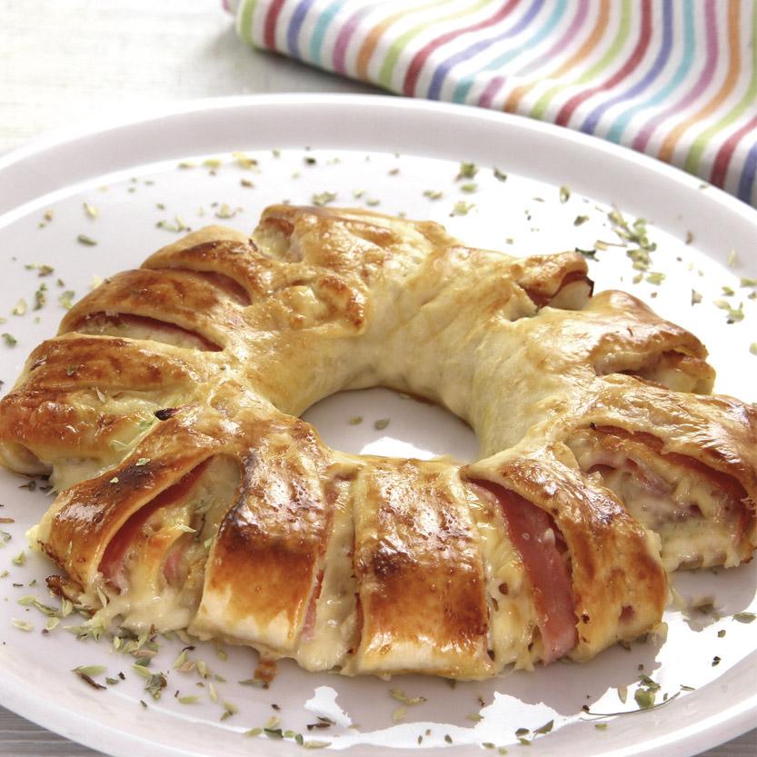 recetas ybarra corona de hojaldre rellena de jamon york y queso