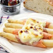 recetas ybarra de esparragos blancos con salmon, gratinados con mayonesa