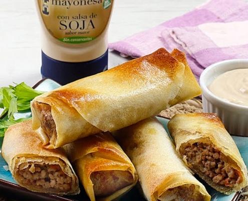 receta ybarra de rollitos de primavera con carne, verduras y mayonesa en salsa de soja