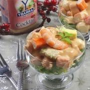coctel de marisco con salsa cocktail