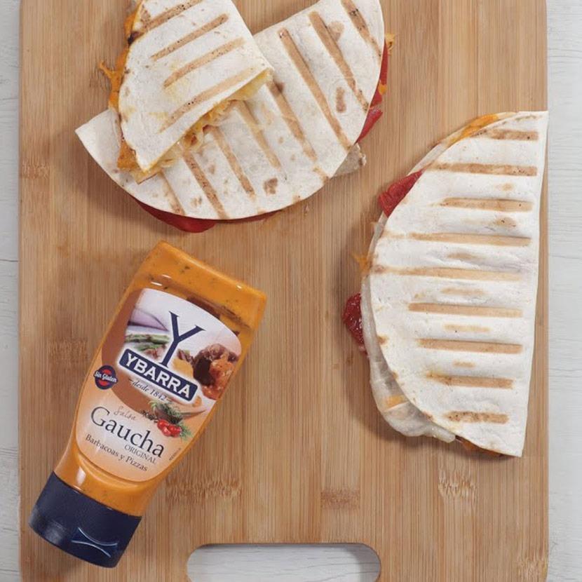 Wrap de lomo, pimientos, queso y salsa Gaucha